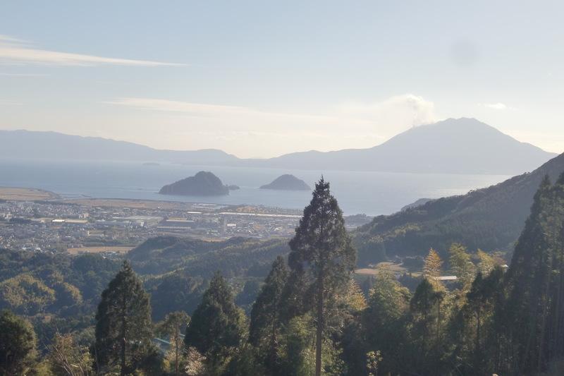 南側錦江湾・桜島を望む